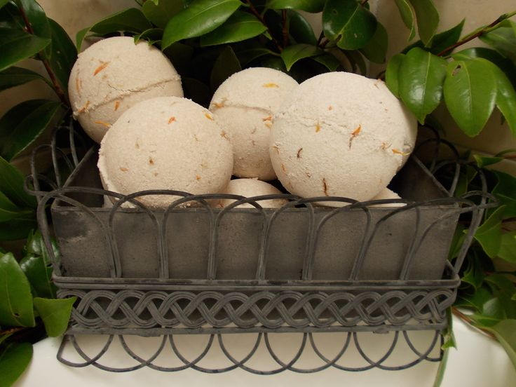 Organic Calendula Bath Bombs 400g  Made with organic beige clay and have natural musk aroma