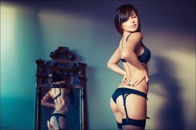 Сексуальная русская девушка в чулках