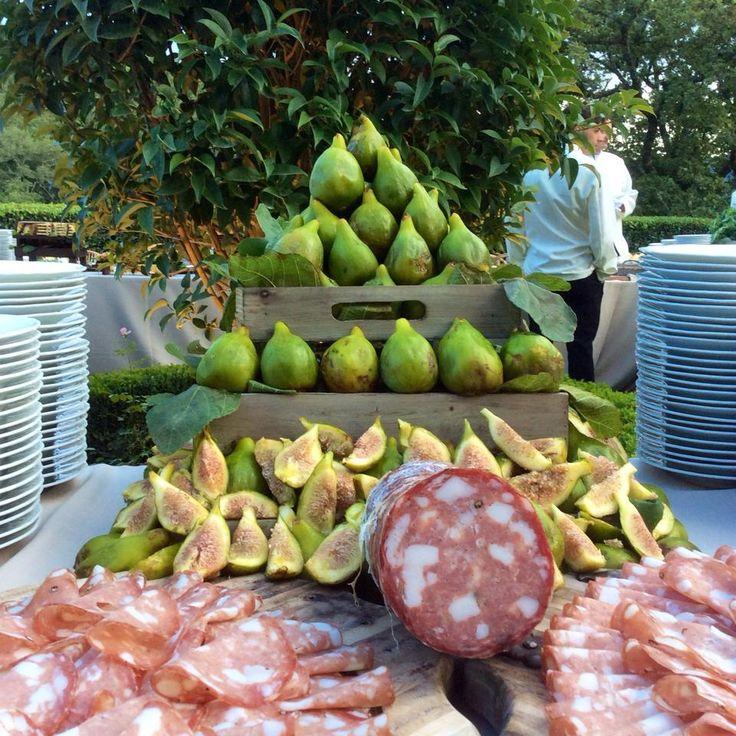Figs and Salame corner #TuscanTaste #TuscanCountryfood. All Rights Reserved GUIDI LENCI www.guidilenci.com