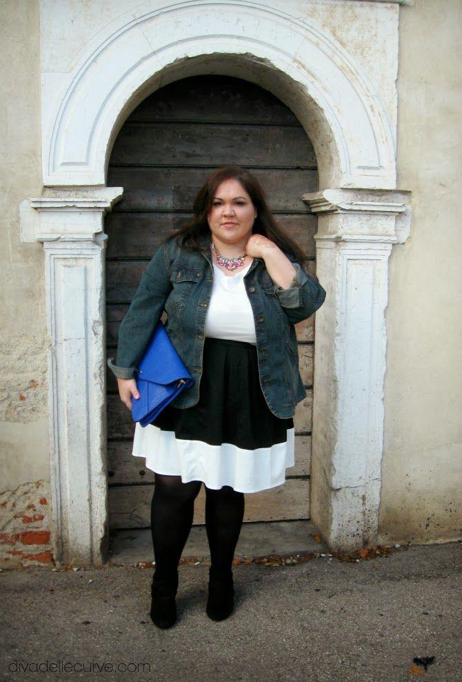 outfit plus size #bw #biancoenero #colorblock #denim #goldencurvy more pictures here http://www.divadellecurve.com/2013/10/outfit-taglie-comode-colorblock-bianco.html #psblogger #curvy #plussizestyle