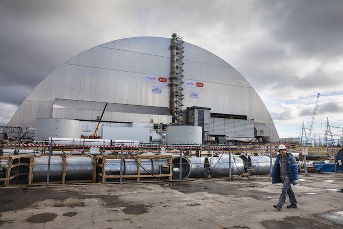 Laissé à l'abandon, l'emblème des dangers du nucléaire va devenir le symbole de l'énergie renouvelable ! Gros plan sur un revirement spectaculaire.