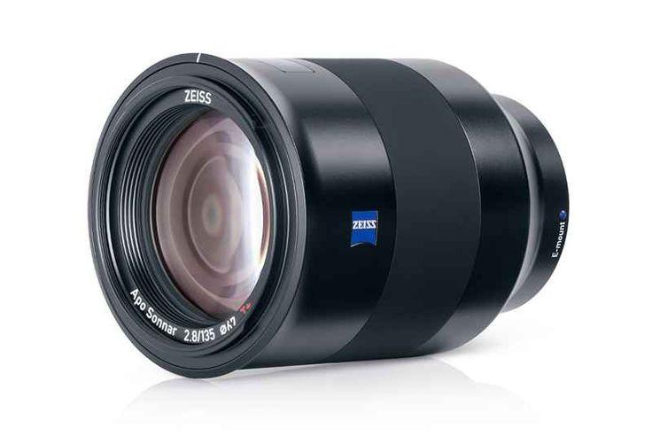 Annunciato il nuovo teleobiettivo ZEISS per fotocamere Sony Se siete dei fortunati possessori di fotocamere reflex Sony questa è sicuramente la notizia che stavate aspettando. Dopo mesi di rumors, Zeiss ha finalmente ufficializzato l'uscita di un nuovo teleob #fotografia #obiettivo #zeiss #sony