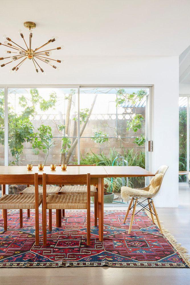 K Inside A Former Fashion Stylist S Modern Yet Whimsical Abode Interior Design Kitchen Dining