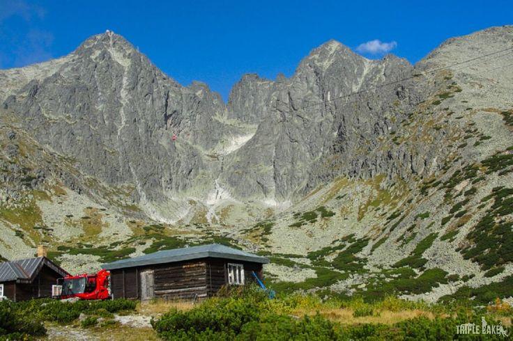 Slovakia, Skalnate Pleso, view on Łomnica Peak