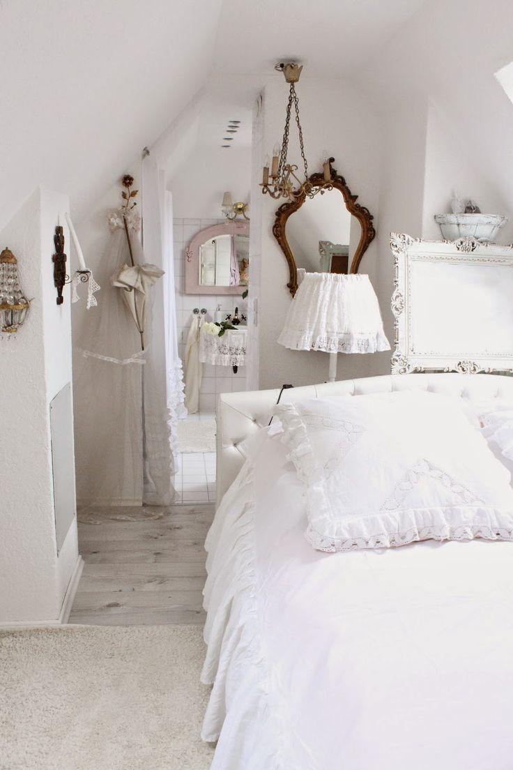 Schlafzimmer romantisch weiss  Romantische Schlafzimmer Landhausstil | Möbelideen