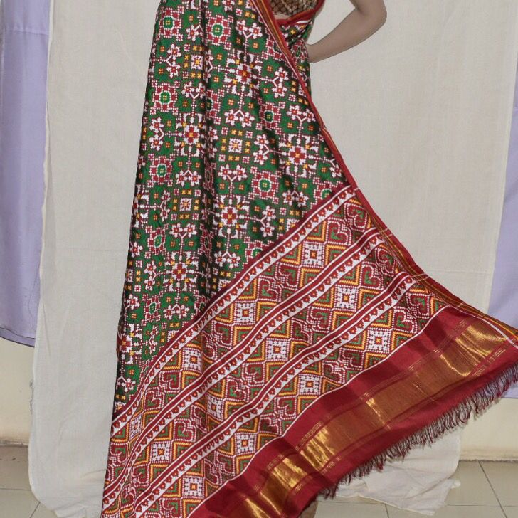 Exclusive Patan Patola saree from www.sindhoipatola.in