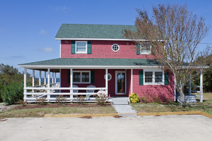 A perfect sound sound front rental home in buxton on for Carolina island house cost to build