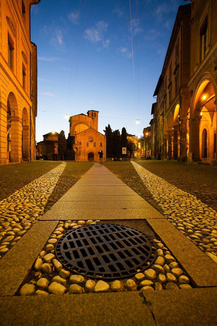 Foto Paolo Lambertini Piazza Santo Stefano, BOLOGNA