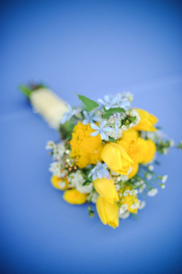 same yellow and blue bouquet