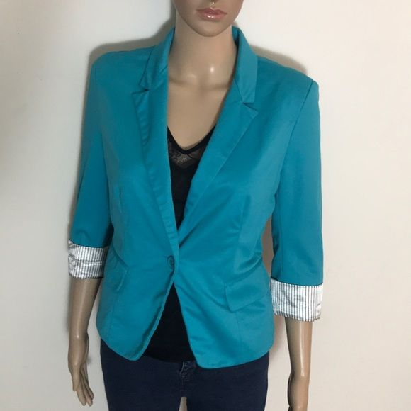 SZ Large Women's Turquoise Blazer W/ stripe cuffs Pin striped cuff Turquoise Blue Blazer Women's Jacket sz Large. Button Closure, worn a few times and a statement style jacket that adds interest to any outfit. Jackets & Coats Blazers