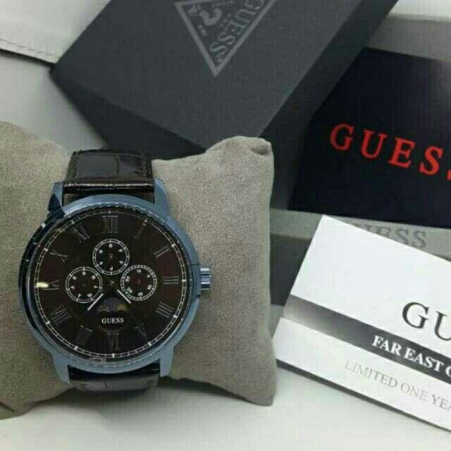 Saya menjual Jam Tangan Pria Guess W0870G3 Leather Kulit Original Murah seharga Rp1.550.000. Dapatkan produk ini hanya di Shopee! https://shopee.co.id/azshop30/270470491/ #ShopeeID