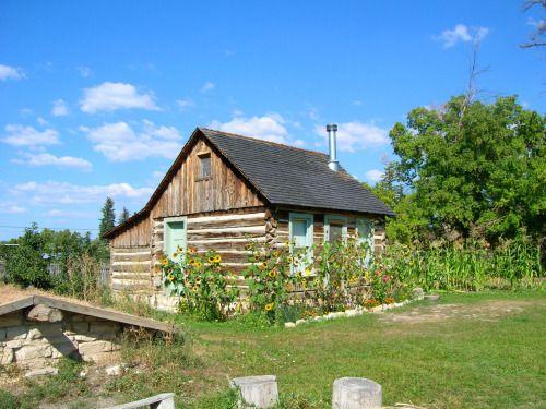 Mormon pioneer log cabin in Spring City, Utah