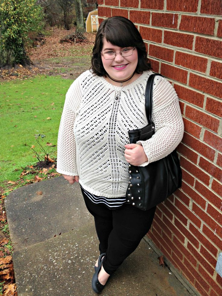 Unique Geek: Plus Size OOTD: Sweater Weather #plussizeootd #plussizefashionblogger #plussize #plussizefashion: