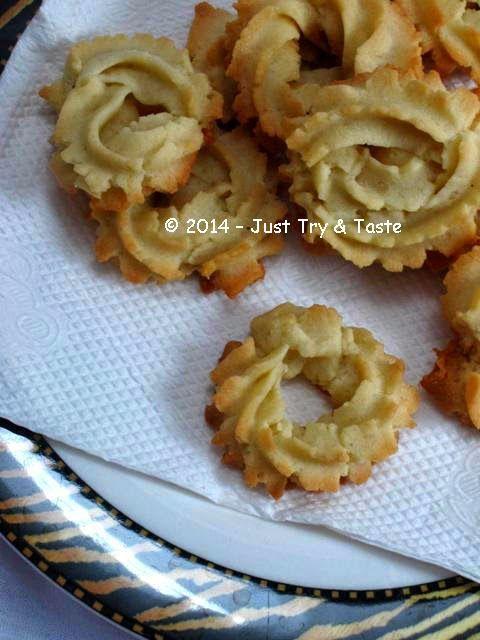 Flowers Cookies - Simple Cookies Tanpa Telur | Just Try & Taste