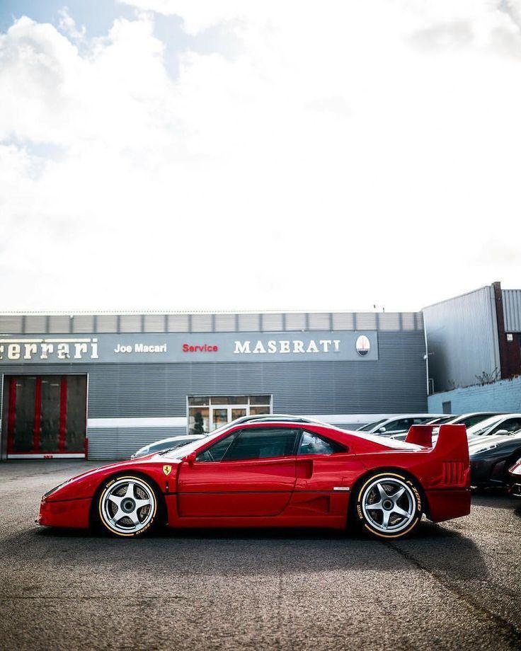 F40 With Tyre Writing Ferrari F40 Car Classic Car Insurance