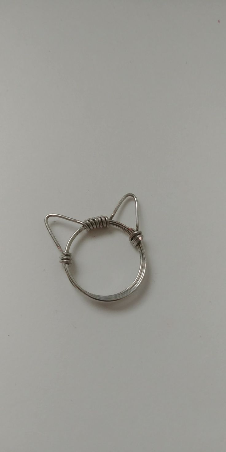 Cat ring, kitty ring, cat themed jewelry, silver, wire, handmade