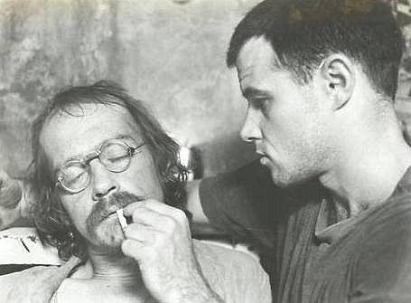 John Hurt & Brad Davis in Midnight Express