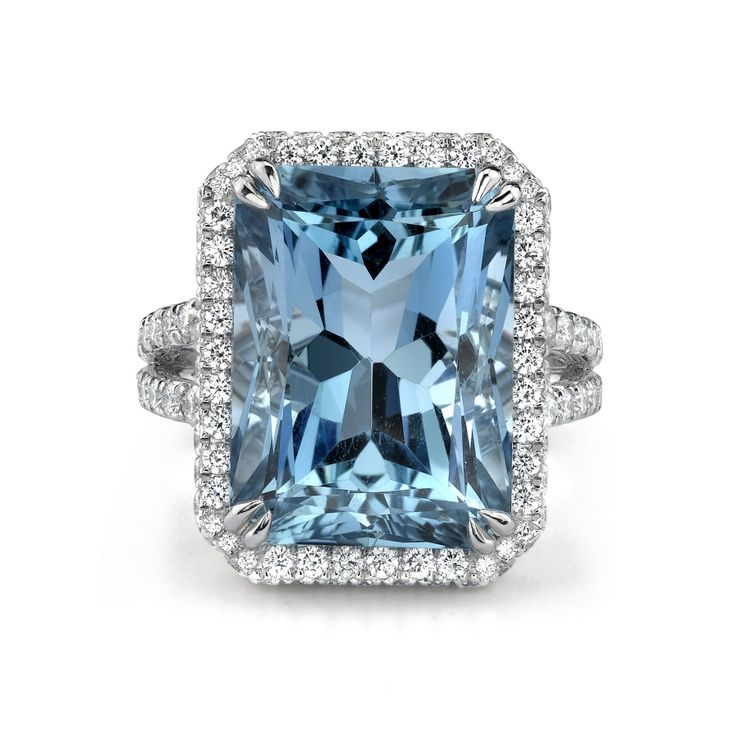 Omi Privé ~ Aquamarine and Diamond Ring