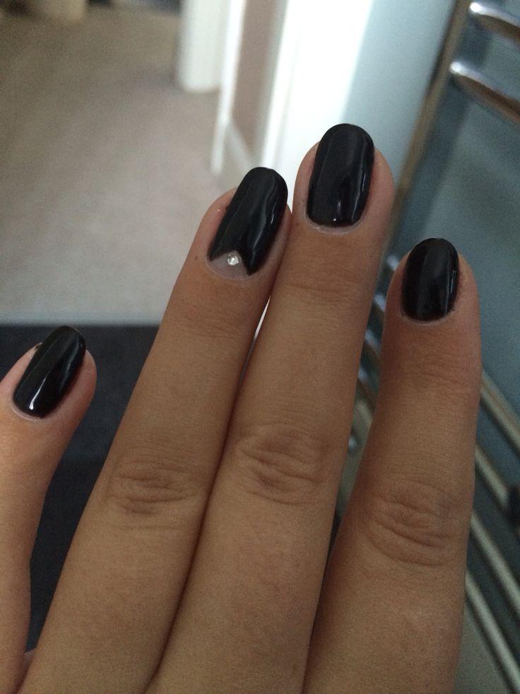 Black shellac nails. Black almond shaped nails. Rhinestone details. Shellac.
