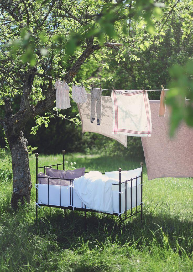 NG baby linnelakan barn bebis ekologiska sängkläder påslakanset järnsäng vintage täcke kudde