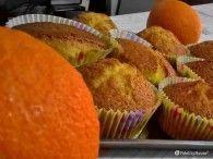 I rotolini soffici all'arancia sono perfetti per la merenda di tutta la famiglia. Soffici e golosi conquisteranno tutti. Ecco come prepararli