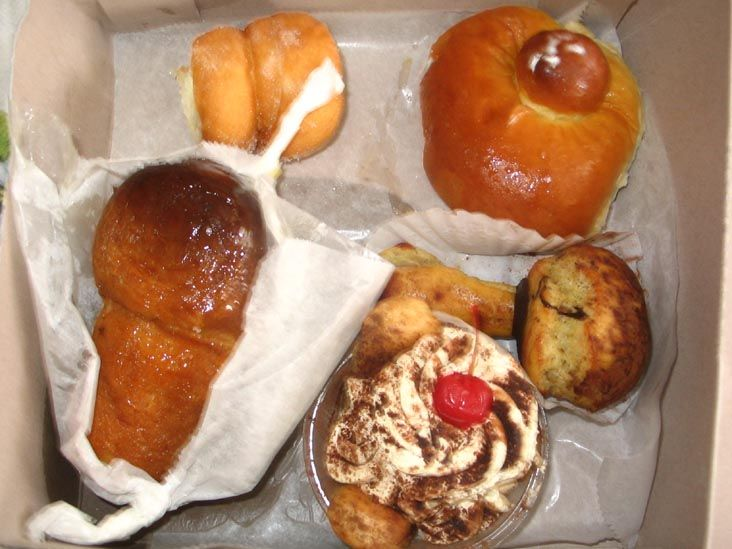 Pastries, Villabate Pasticceria & Bakery, 7117 18th Avenue, Bensonhurst, Brooklyn