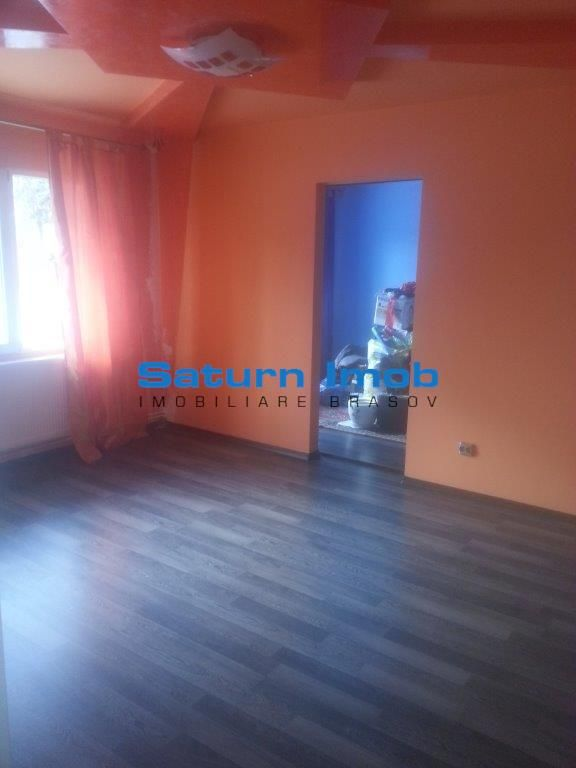 Vanzare apartament 2 camere  zona Uranus ,Brasov