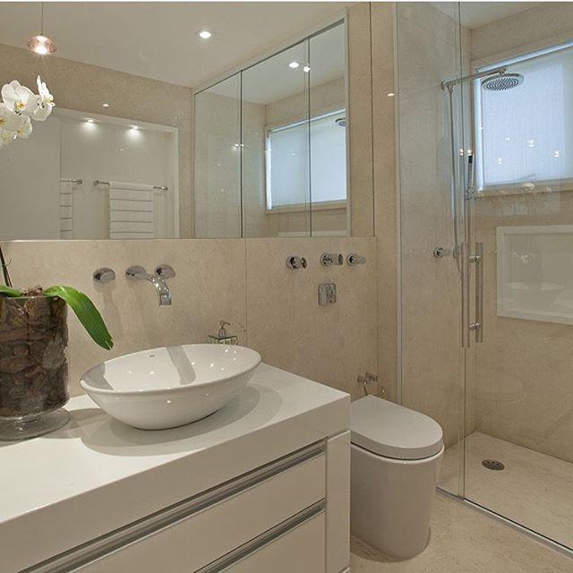 151 best images about Banheiros on Pinterest  Madeira, Bathrooms decor and M -> Banheiros Decorados Por Iara Kilares