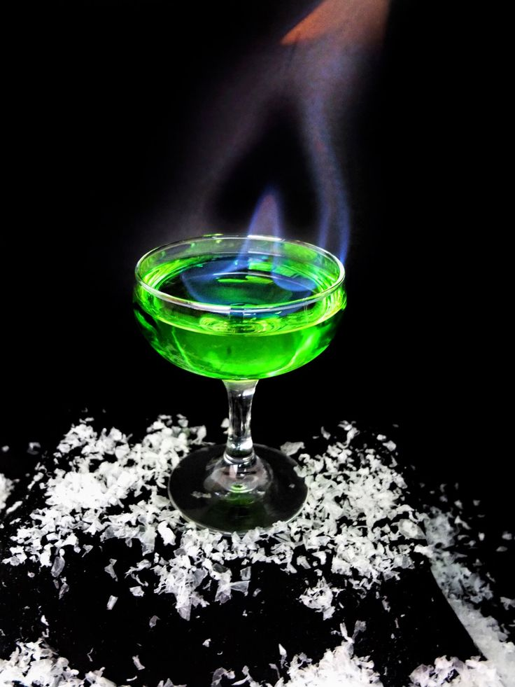 A flaming Game of Thrones inspired cocktail for your next Game of Thrones viewing party! Inspired by the green explosive Wildfire used in the show.This easy Game of Thrones cocktail is caught fire with Bacardi 151 rum and sweetened by using a mix of Midori and Watermelon Vodka to make a mel