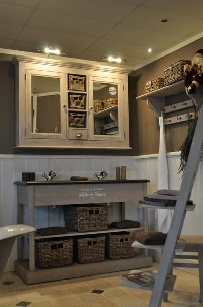 Luxe Badkamer Showroom ~ Meer dan 1000 idee?n over Lambrisering Wanden op Pinterest  Houten
