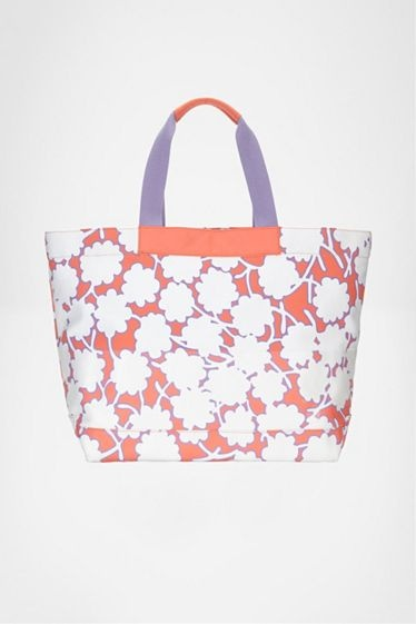 DVF Beach Tote #MothersDay gift ideas