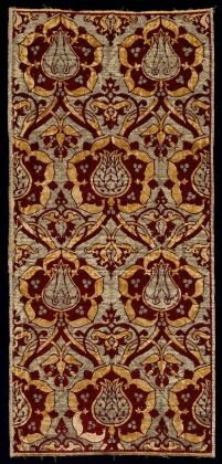 Cut and voided silk velvet brocade. Turkey. First half of the 16th century.