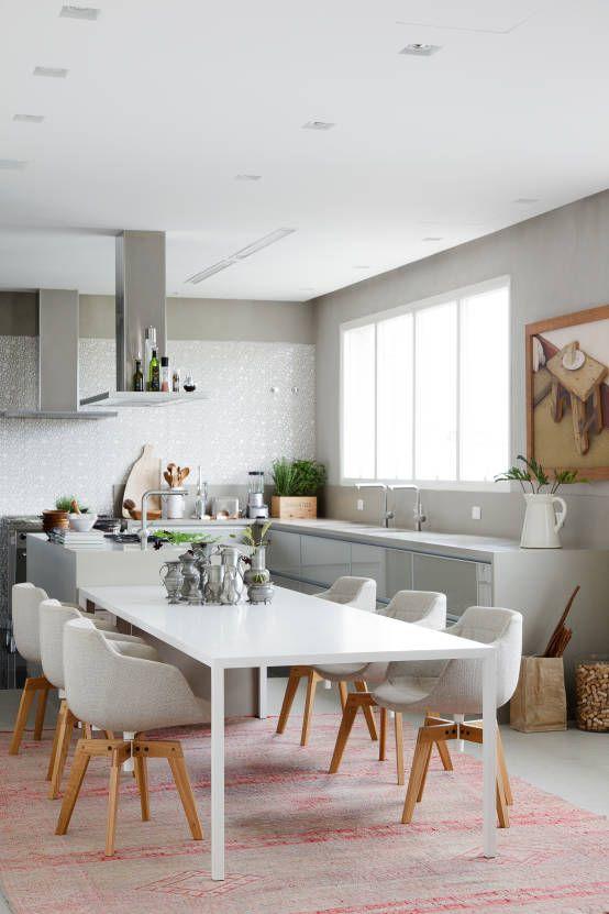 Apartamento da Colecionadora : Salas de jantar minimalistas por Consuelo Jorge Arquitetos