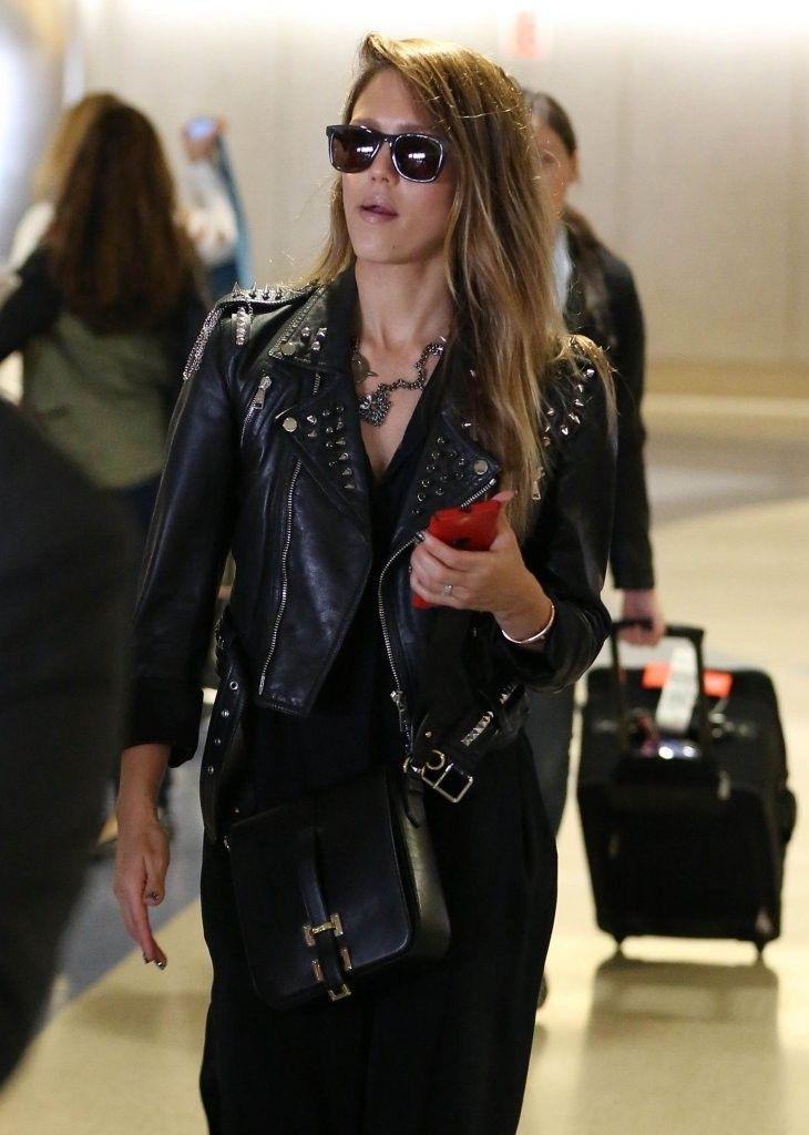 Jessica Alba - Jessica Alba Arrives in LA