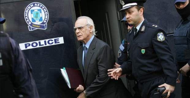 Θύμα άγριου ξυλοδαρμού έπεσε στη φυλακή ο Τσοχατζόπουλος Συμπλοκή