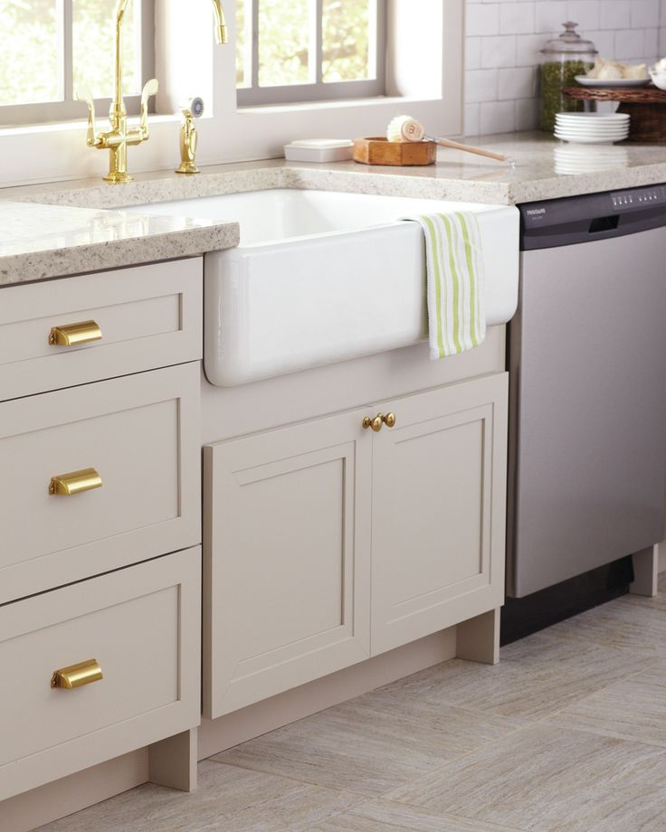 Dream Kitchen Sink: Update Your Kitchen With A Striking Focal Point. Apron