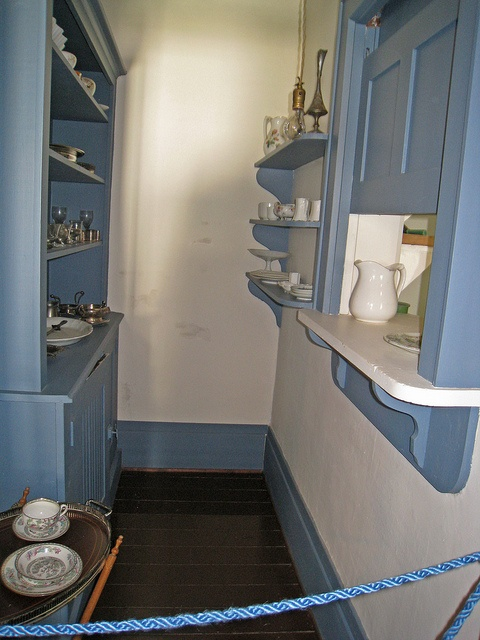 Did Craftsman Bungalows Have White Kitchen Cabinets