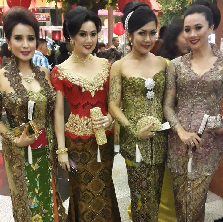 #kebaya Indonesia :)