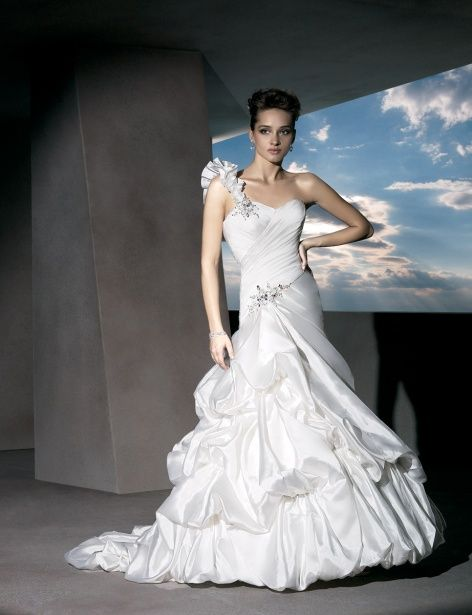 One shoulder A-line organza bridal gown with lace-up back