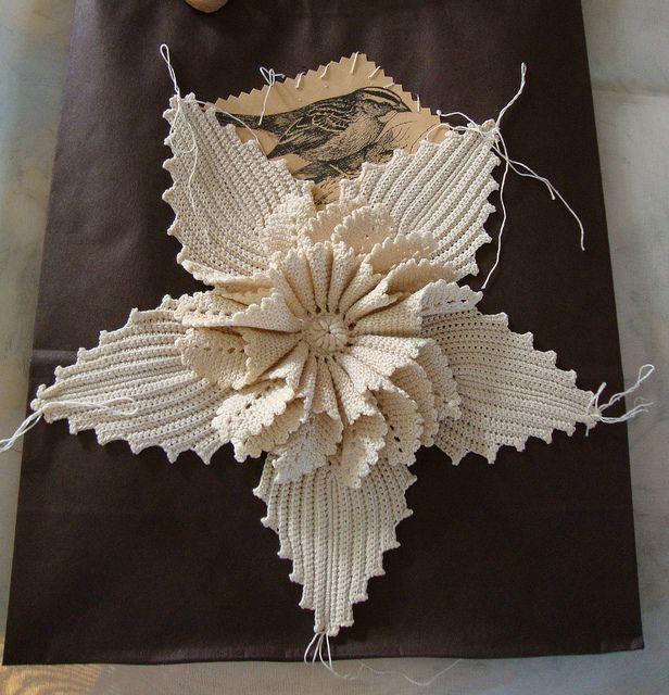 Crocheted flower: Flickr Holy, Crocheted Flowers, Paper Bags, Crochet Irish, Flowers Flowers, Irish Flowers, Beautiful Flowers, Irish Crochet Flowers, Holy Crochet What