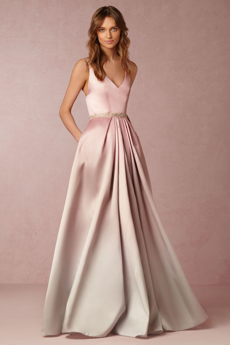 If it wasn't pink I would so dig this dress!