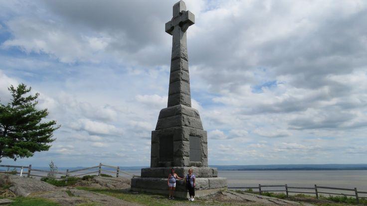 QC - Grosse Île, Île de la Quarantaine - Croix celtique