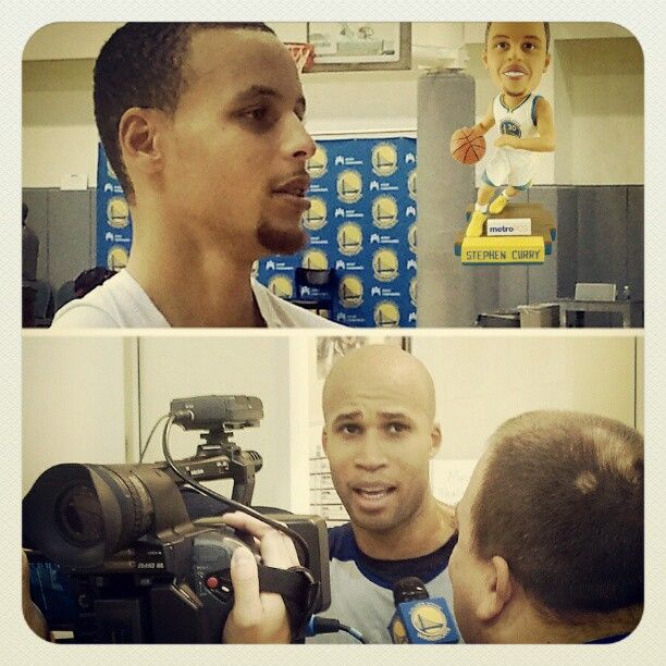 Talking bobbleheads and collectibles with Stephen Curry, Richard Jefferson and others. Stay tuned for video on Warriors TV. | Instagram: @officialwarriors