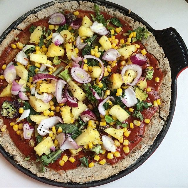 Pineapple Pizza Perfection  topped with purple broccoli, red onion and sweetcorn #plantbased #gourmet #pizza  #organic #food #healthy #vegan #vegangram #veganshare #green #vegansofig #vegetarian #glutenfree #dairyfree  #healthyeating #healthyliving #eatwell #eathealthy #eatcolourful #cleaneats #homemade  #fitspo #fitfood #fitfam #foodporn #whatveganseat #fitness #instagood #instafit