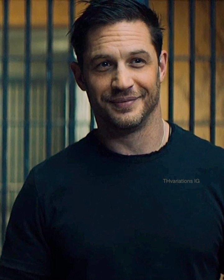 He S Here Venom Has Been Unleashed On Digital In The Usa In Other News Venom 2 Is Happening In A Recent Intervi Tom Hardy Actor Tom Hardy Hot Tom Hardy