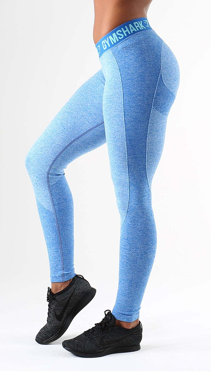 The Flex leggings in blueberry are on trend workout leggings that everyone is talking about. With contour detailing for the perfect silhouette and elasticated performance waistband.