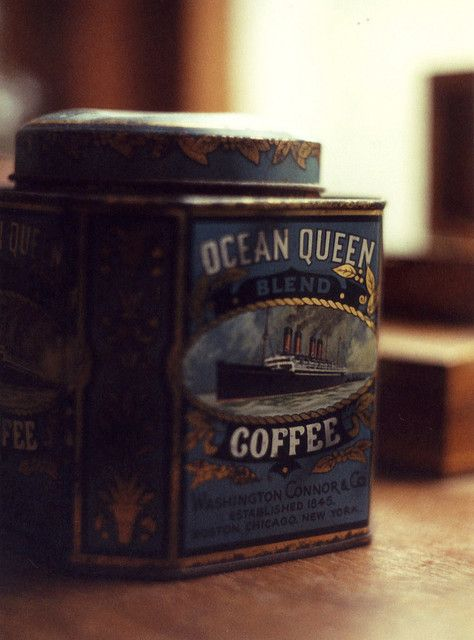 *vintage coffee tinOcean Queens, Queens Mary, Coffe Cans, Vintage Tins, The Ocean, Vintage Packaging, Vintage Coffee, Coffe Tins, Old Tins
