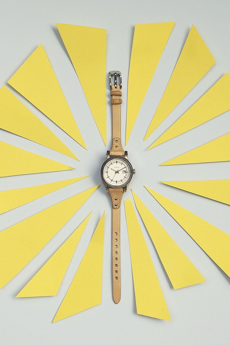 Boy, oh boy(friend). We've got to admit, our boyfriend style watches look really good for all holiday festivities. Whether you're gifting for yourself or someone else, oohs and aahs are guaranteed.