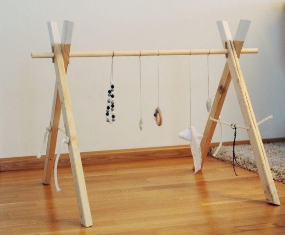 die besten 25 spielbogen ideen auf pinterest spielbogen baby baby spielbogen holz und. Black Bedroom Furniture Sets. Home Design Ideas