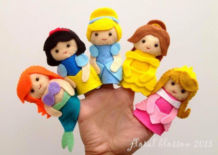 ARTE COM QUIANE - Paps,Moldes,E.V.A,Feltro,Costuras,Fofuchas 3D: Momento Inspiração...Princesas Disney